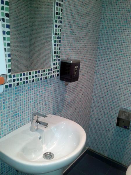 Decoracion Baño Tropical:Foto: Empapelado de Azulejos de Baño de Alfonso Garcia #295823