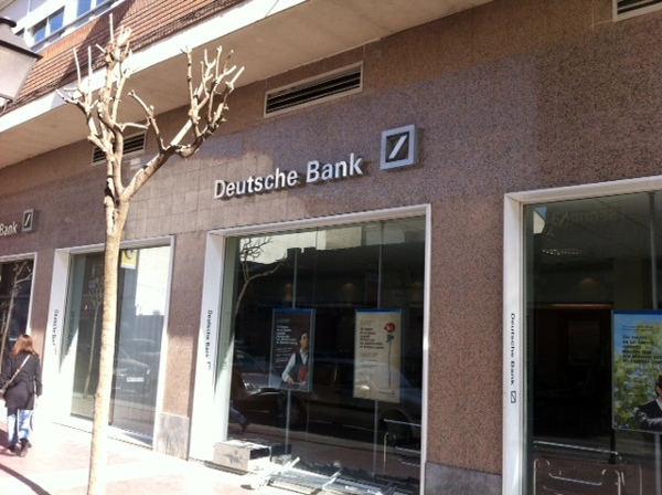 Foto deutsche bank de jcdesign r tulos s l 385107 for Oficinas deutsche bank valencia