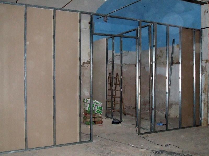 Foto divisi n de paredes techos aislante de servi - Aislante humedad paredes ...