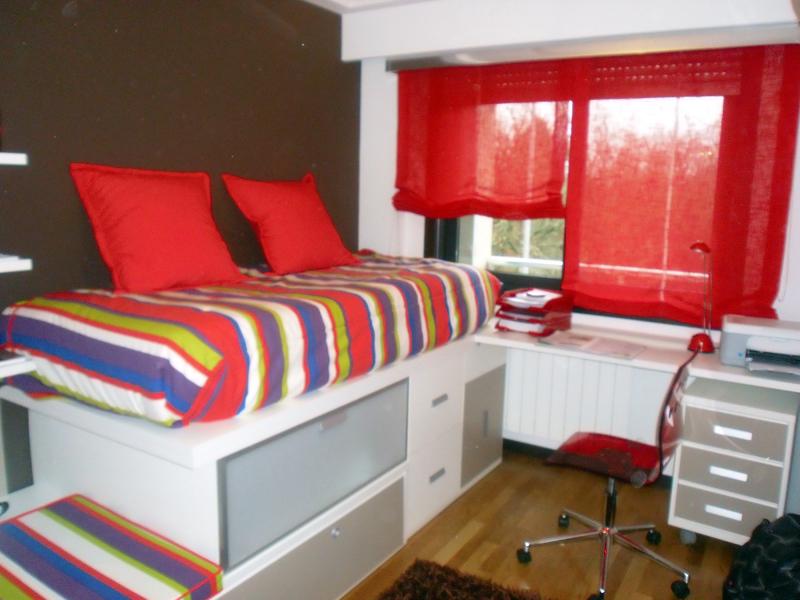 Foto dormitorio juvenil de cortinas luis vizcaya 211362 for Cortinas dormitorio juvenil