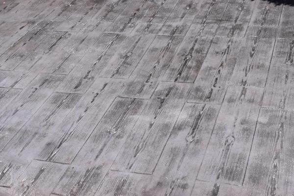 Foto hormigon impreso molde madera de pavimentos y for Hormigon impreso jardin