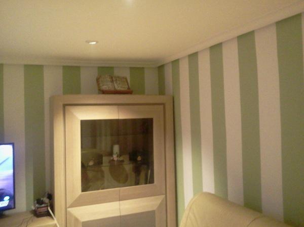 Foto eliminaci n de gota lucir paredes pintura - Peindre 2 murs de couleurs differentes ...
