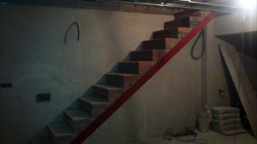 Foto escalera de obra de construcciones y reformas ileda - Escaleras de interior de obra ...