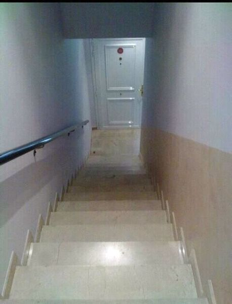 Foto escalera de pintura decoraci n delgado 294907 - Pintura para escaleras ...