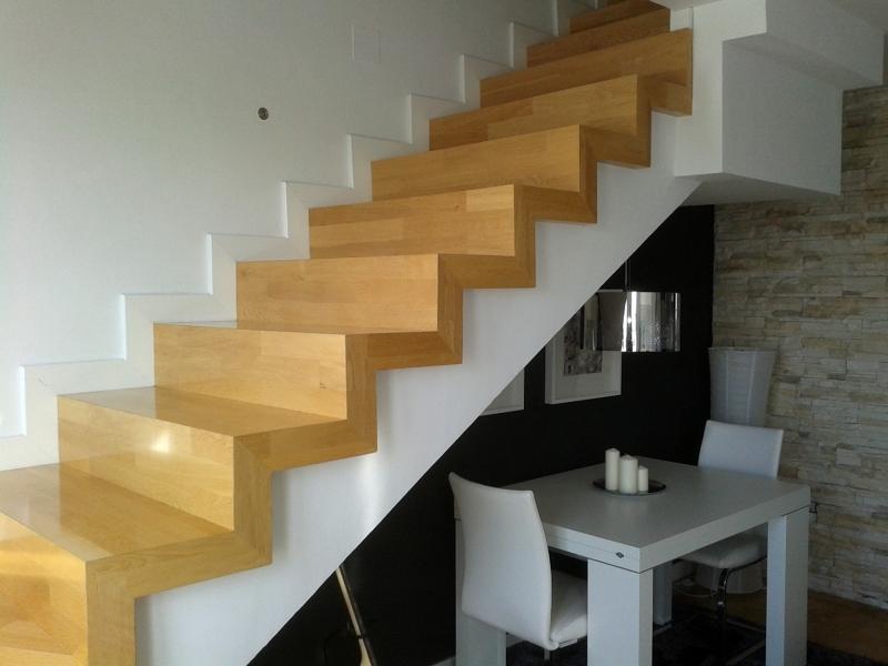 Foto escaleras perfectas sin accesorios de teknom for Escaleras de parquet