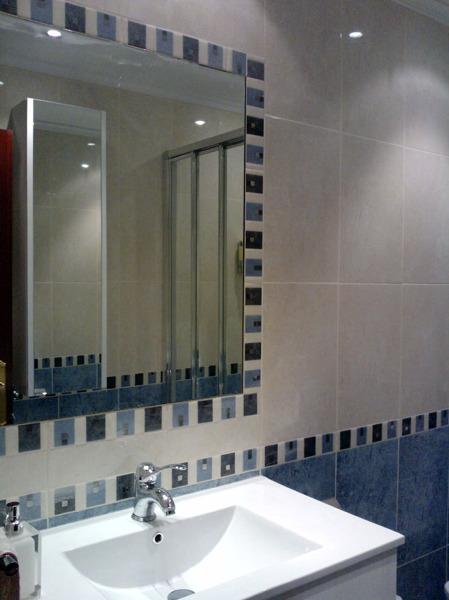 Foto espejo encastrado de refor idg 296079 habitissimo - Cenefas para espejos ...