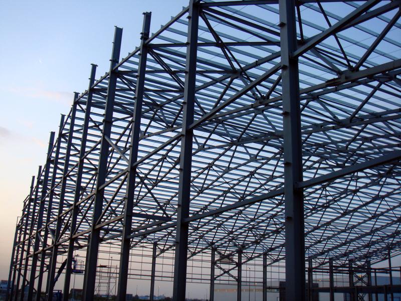 Foto estructura nave industrial de elinach construcciones for Estructura de una cocina industrial