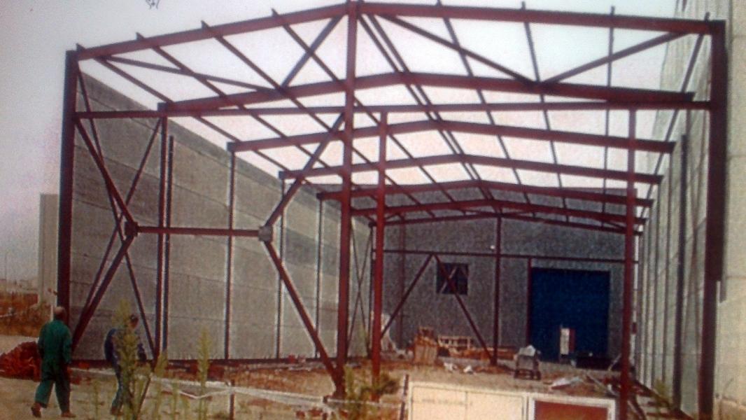 Foto fabricaci n y montaje de estructura metalica de - Estructuras metalicas murcia ...