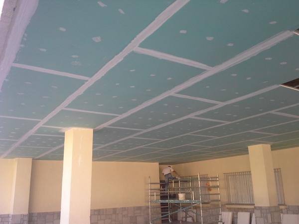 Foto falso techo continuo pladur de coneritec - Hacer falso techo ...
