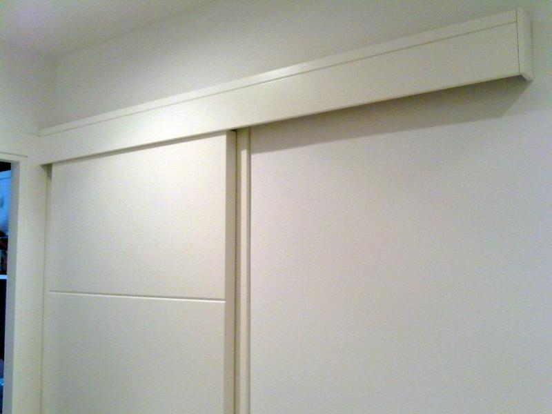 Foto galer a registrable para hoja de puerta corredera for Tabique puerta castorama