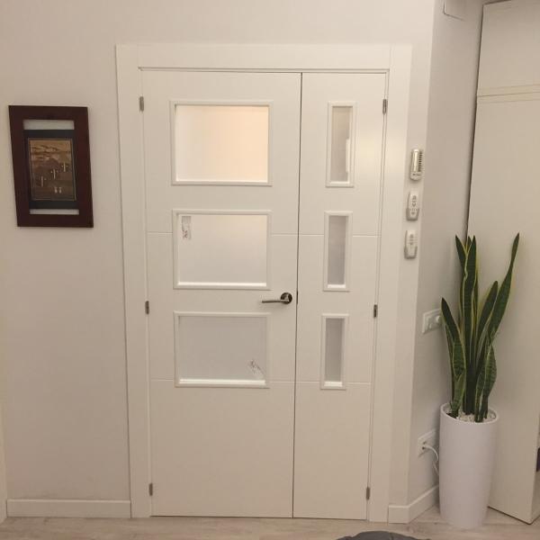 Foto Puerta Vidriera Doble Para Salon De Javier Latorre Carpintería De Madera 1073027 Habitissimo