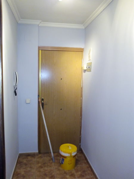 Foto vivienda parla de maderaypintura rotciv 911722 for Oficina empleo parla