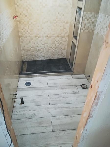 Foto: Reforma Cuarto de Baño con Plato Ducha de Obra de Deco ...