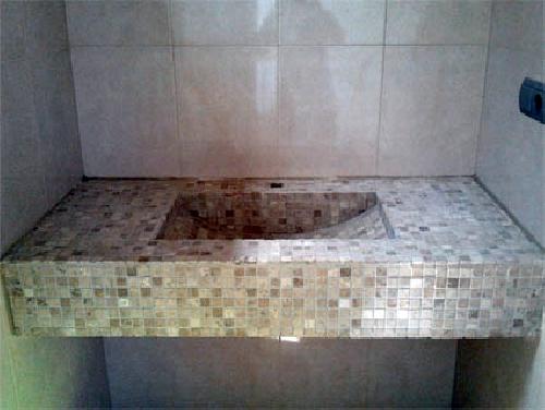 Foto lavabo de obra de armados soluciones interiores for Bajo lavabo de obra