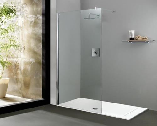 Foto mamparas y platos de ducha de almaz n saneamientos for Tipos de mamparas para platos de ducha