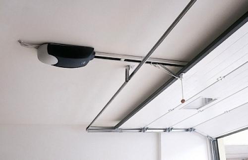 Foto motor de techo puerta seccional de puertas - Motor puerta garaje precio ...