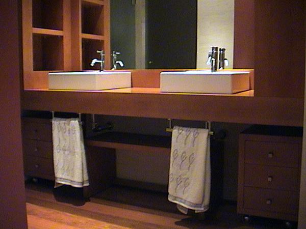 Foto mueble para cuarto de ba o de ebanister a - Muebles de bano alicante ...