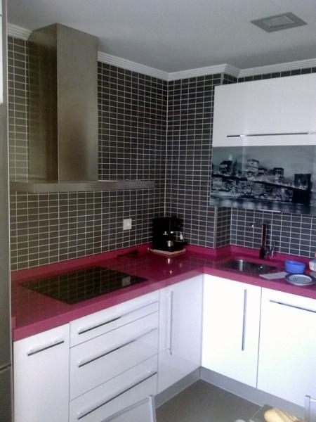 Foto obra y amueblamiento de cocina de decoabi 144355 for Amueblamiento de cocinas