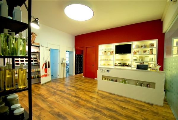 Foto oficinas creative beauty en barcelona y madrid de for Oficinas ss madrid
