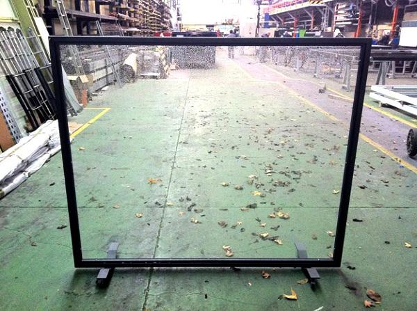 Foto paravientos modelo city de cristal a medida 315017 - Cortavientos de jardin ...