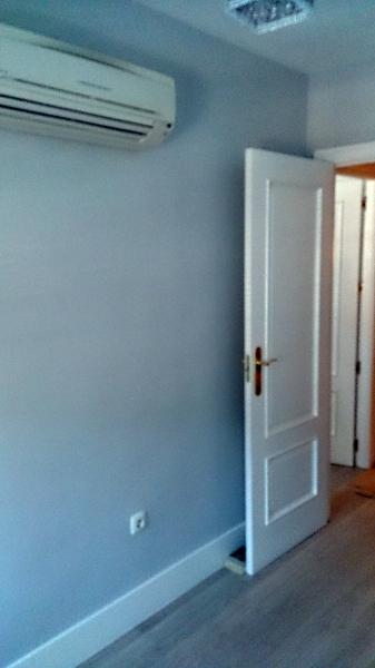 Foto pintura lisa en paredes y puertas lacadas de arianto decoracion 423291 habitissimo - Paredes lacadas ...