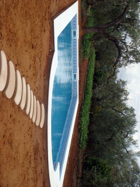 Foto piscina 9x4 con escalera romana de piscinas hermanos for Piscina 9x4