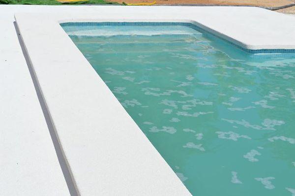Foto piscina 9x5 metros de inment creative sl 700948 for Piscina 5 metros diametro