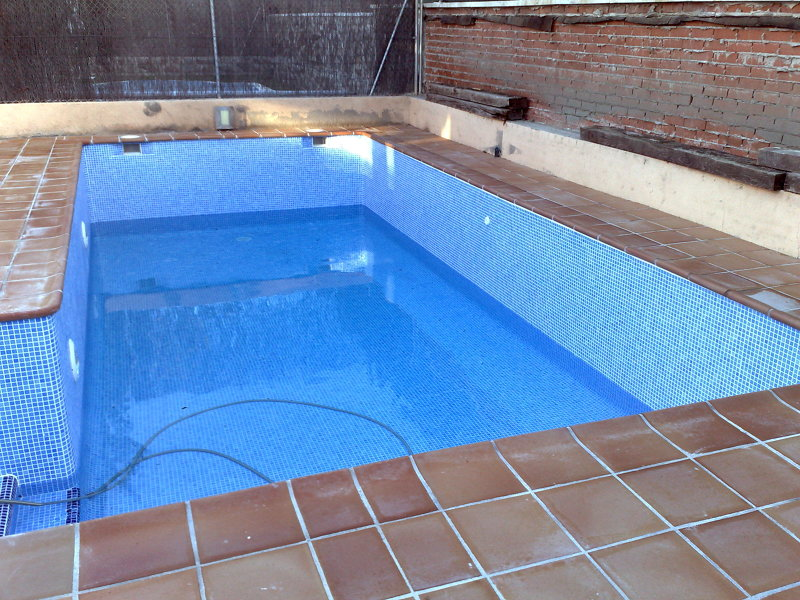 Foto piscina baldosa ceramica de piscinas alro sl 247046 - Losas de exterior ...
