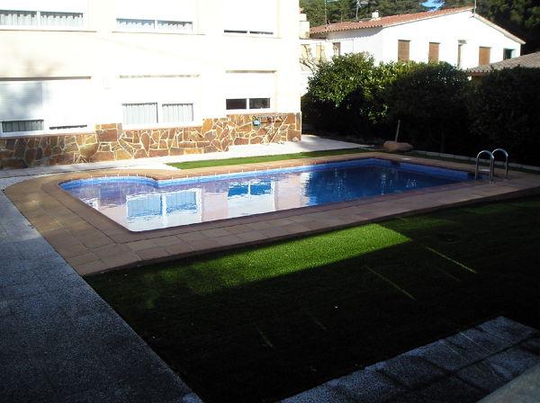 Foto piscina de 8x4 ref queralt de c d almi ana s l for Precio piscina obra 8x4