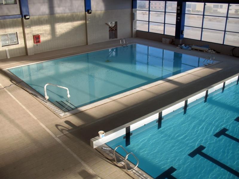 foto piscina municipal ribarroja del turia de arquitecto
