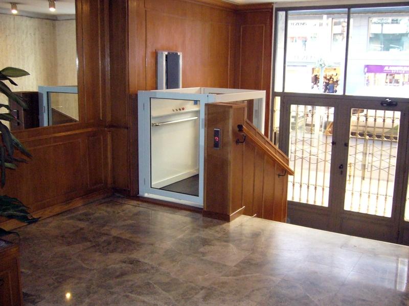 Foto elevador zagu n madera simotec de simotec elevaci n for Saguan de madera