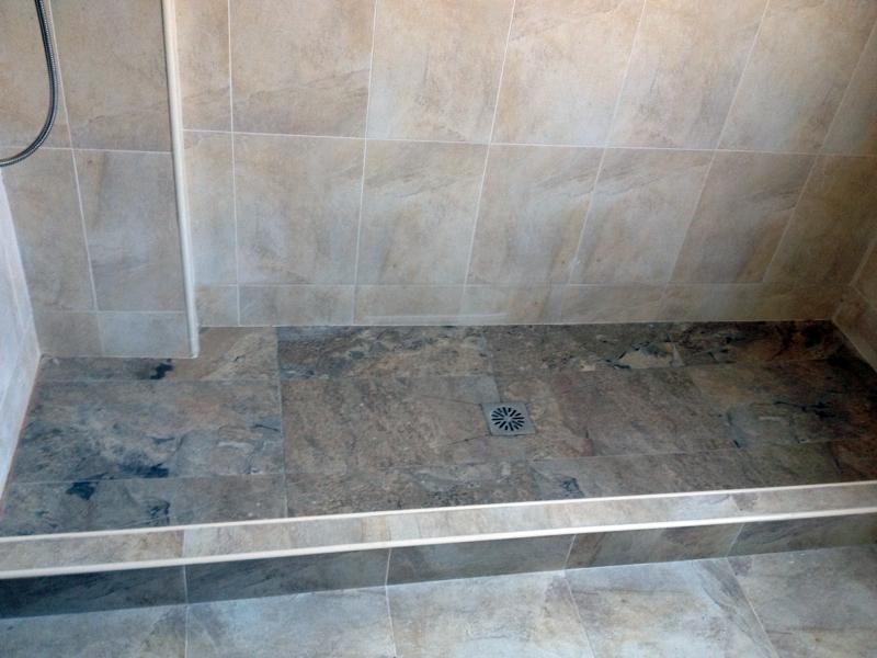 Foto plato de ducha hecho de obra de cat bahia sur sl 341635 habitissimo - Platos de ducha de obra fotos ...