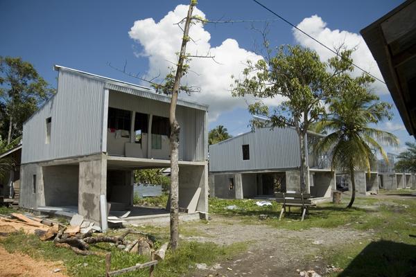 Foto proyecto de viviendas unifamiliares obra de fem - Fem arquitectura ...