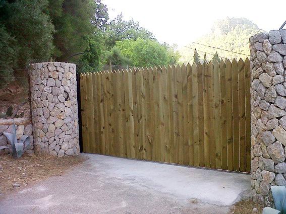 Foto puerta corredera para fincas parcelas terrenos de herreria kraft 305021 habitissimo - Puertas de cochera segunda mano ...