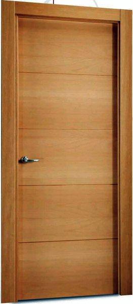 Foto puerta de paso en haya vaporizada de hnos a gordillo for Precio puertas de paso