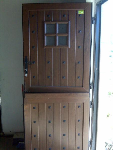 Foto hermanos miguez de hermanos miguez 217813 habitissimo - Puertas exteriores de pvc ...