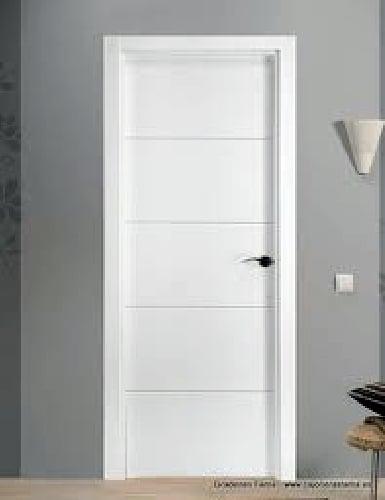 Foto puerta mdl 4 rayas lacada en blanco de hnos a for Precios puertas interior blancas