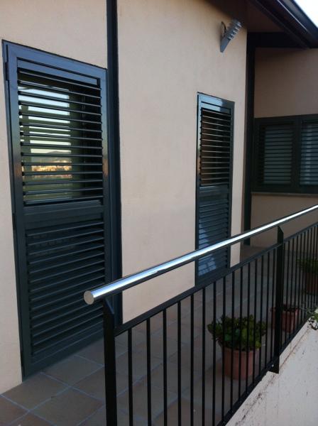 Foto puertas mallorquinas terrassa de aluminios santana - Puertas mallorquinas ...
