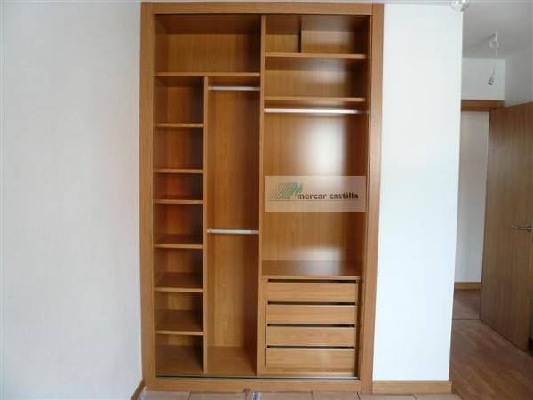 Foto interior armario 1 de mercar castilla 771024 - Armarios empotrados burgos ...