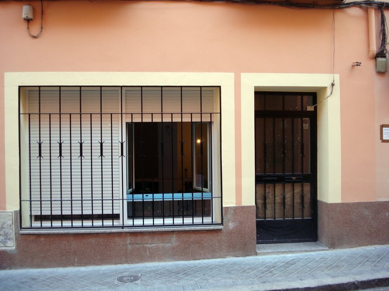 Foto reforma de un local con cambio de uso a vivienda de for Cambio de uso de oficina a vivienda