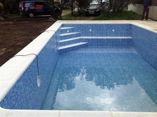 Foto rehabilitaci n piscina de hormig n con l mina armada for Lamina armada para piscinas precios