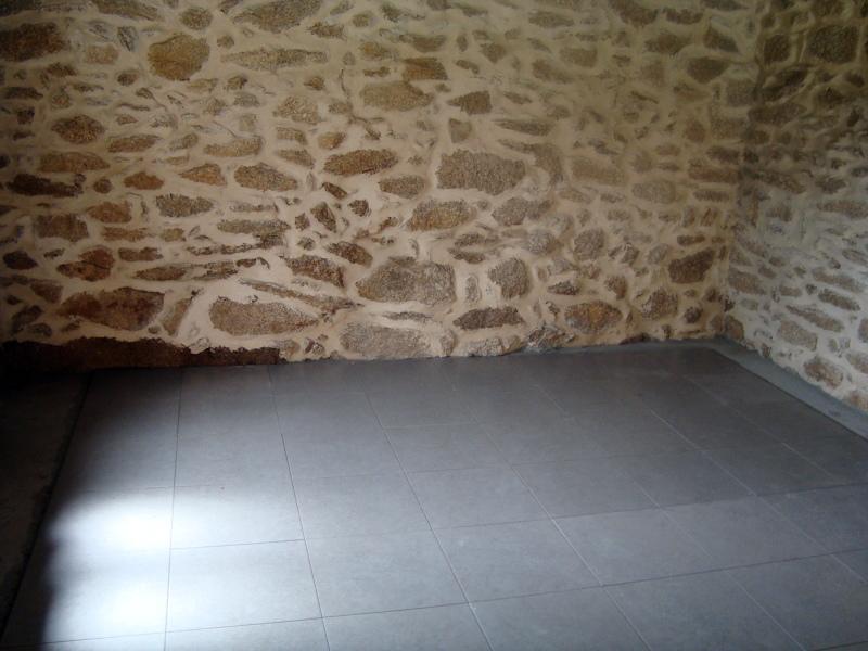 Foto renovaci n de pared y colocaci n de plaqueta en el - Suelos tecnicos precios ...