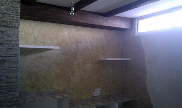 Foto sotano decorado con imitaciones y texturas de - Sotanos decorados ...