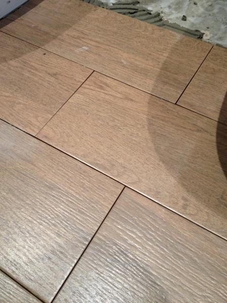 Foto suelo interior simulaci n madera de oskarstil decor for Suelos madera interior