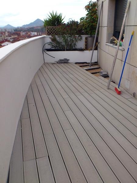 Foto suelo relazzo terrazas de reformas arene 236472 for Poner suelo terraza exterior