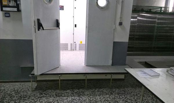 Foto suelo tecnico de la plana techos y tabiques sl - Suelos tecnicos precios ...