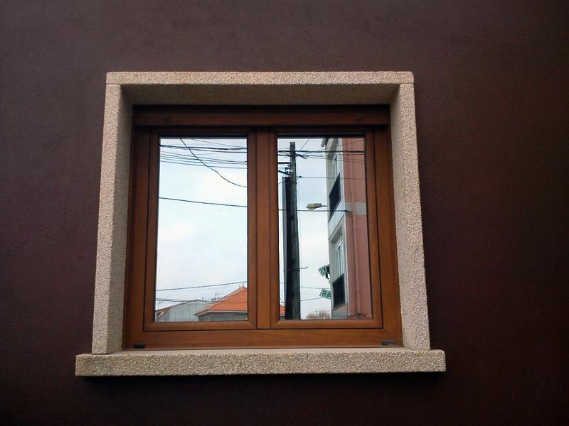Foto ventana aluminio rpt lacado madera y cristal for Colores ventanas aluminio lacado