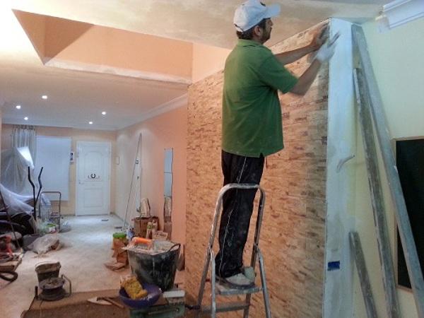 Foto vestir pared con cer mica con imitaci n a piedra y - Imitacion a piedra para paredes ...