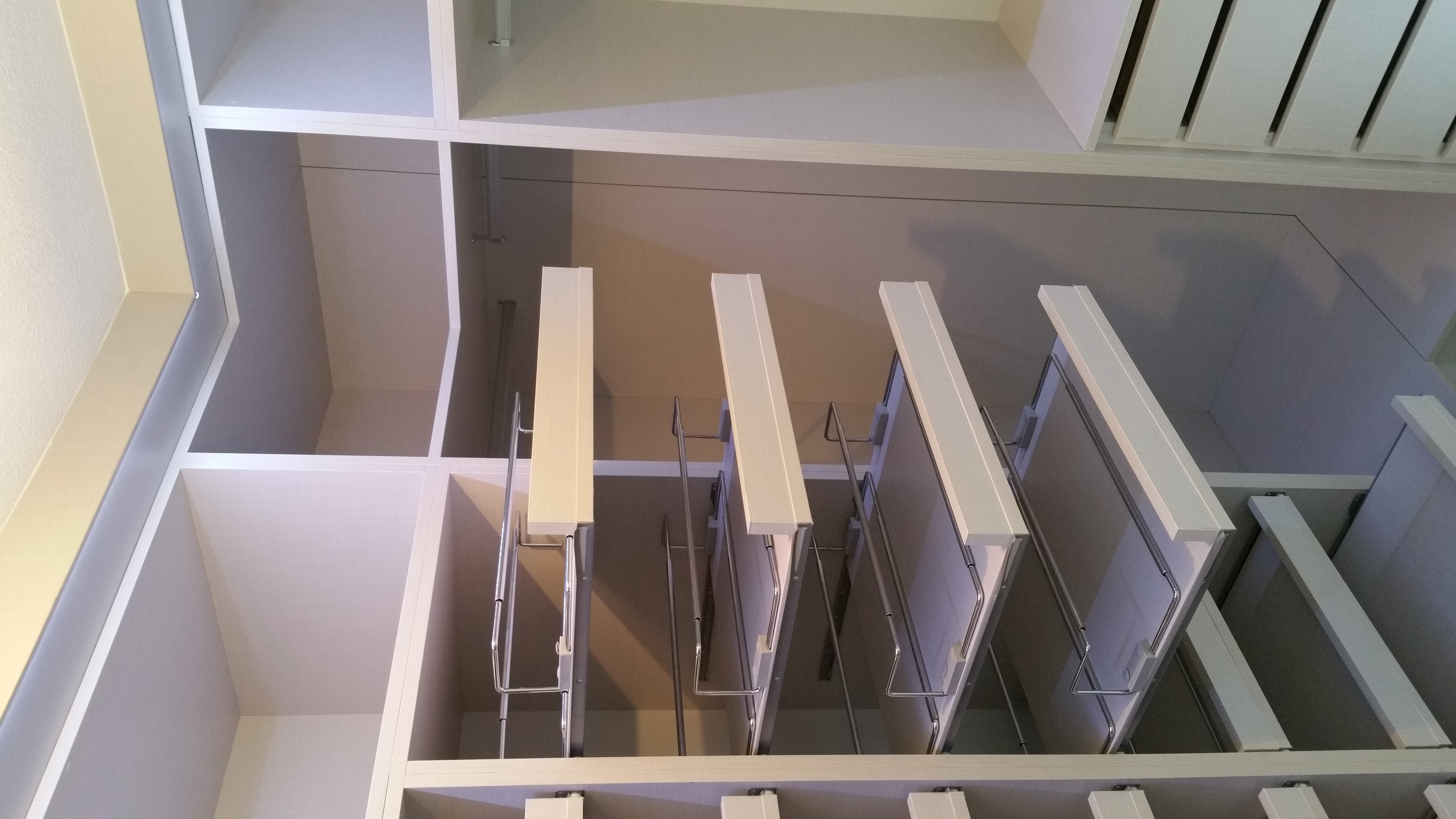 Cocinas armarios nicole armarios en tamaraceite for Closet de madera para zapatos
