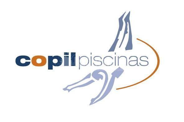 Copil Piscinas